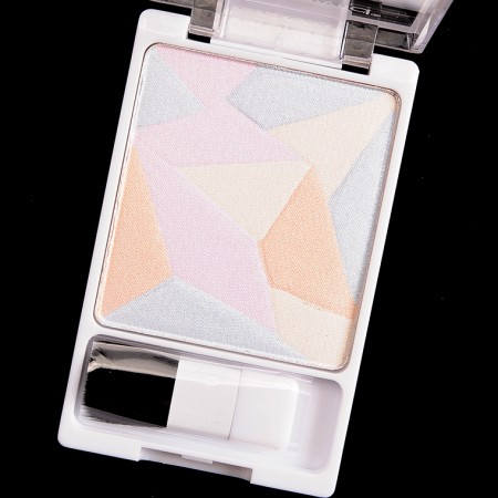GEOMETRIC HIGHLIGHTING POWDER - WHERE THE DREAMERS GO