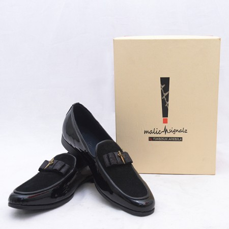 BLACK WET-LOOK BOW LOAFERS SHOE